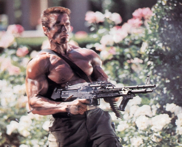 ACTOR ARNOLD SCHWARZENEGGER IN SCENE FROM COMMANDO